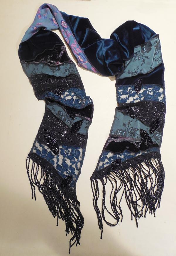 a-blue-scarf-100